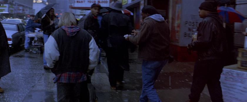 last-action-hero-danny-larchant-dans-les-rues-pluvieuses-de-new-york