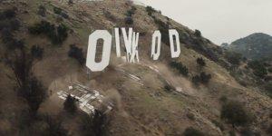 Une fois de plus, le panneau Hollywood en prend pour son grade.