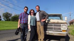 Arnold Schwarzenegger en compagnie d'Abigail Breslin et Henry Hobson sur le tournage de Maggie.