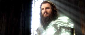 Les armures portées par les dieux ressemblent à s'y méprendre à celles des chevaliers d'or des Chevaliers du Zodiaque.