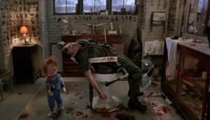Il ne faut avoir aucune fierté pour se faire assassiner par une poupée de moins d'1mètre