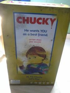Attention, publicité mensongère. Il ne veut PAS être votre ami.