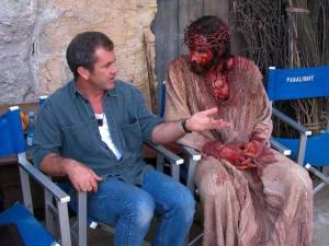 Mel Gibson et Jim Caviezel sur le tournage de La passion du Christ
