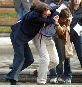 bridget-jones-hugh-colin-fight