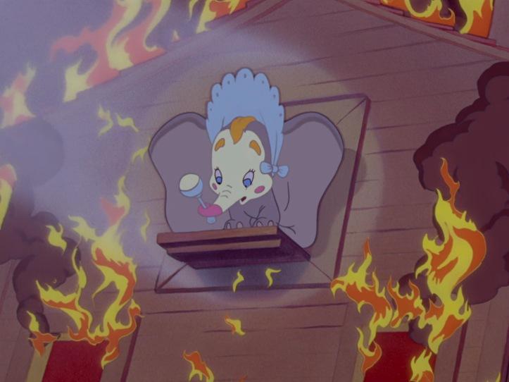 dumbo bebe feu pompier disney spectacle