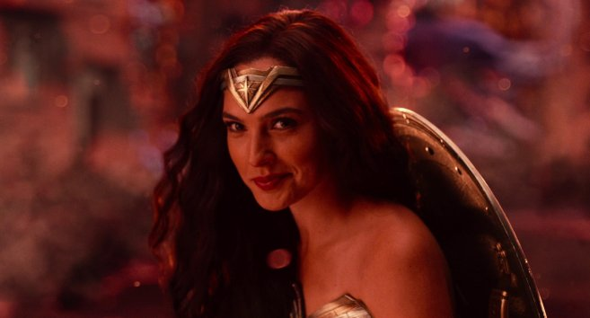 justice league wonder woman sourire