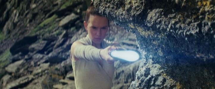 les derniers jedi rey entrainement sabre laser
