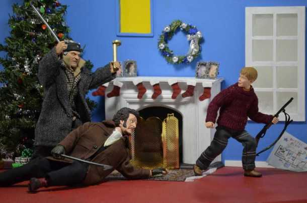 diorama home alone figure neca