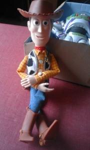 figurine parlante woody