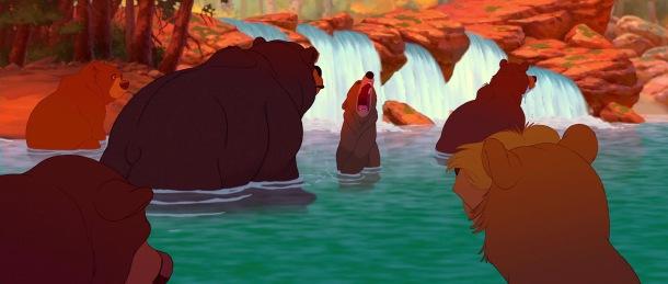 frere des ours disney kinai parmi les ours