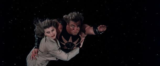 superman4 Lacy Warfield kidnapee puis emmenee dans l espace par l homme nucleaire