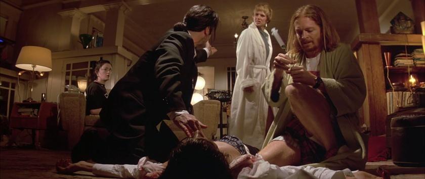 Pulp-Fiction mia ayant fait une overdose est réanime par vincent