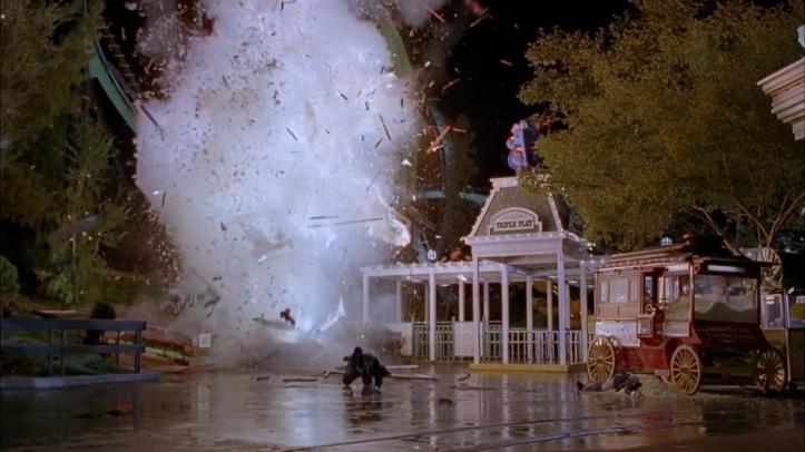 le flic de beverly hills 3 explosion d'une boutique de wonderworld