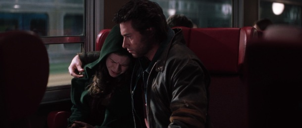 x-men-movie wolverine enlace malicia dans un train