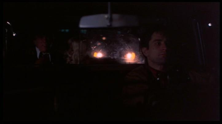 taxi driver travis conduisant un client