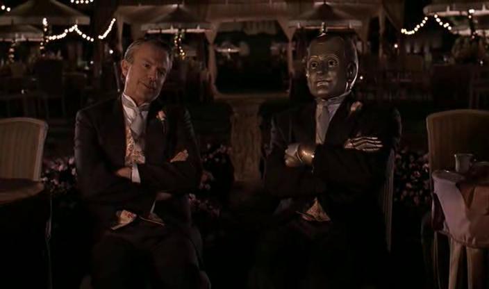homme bicentenaire andrew aux cotés de mr martin à un mariage