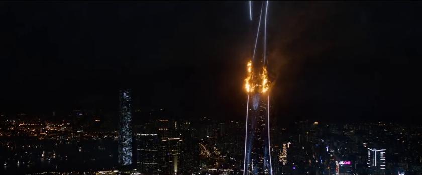 skyscraper tour pearl en flammes