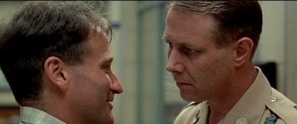 good morning vietnam tensions entre adrian et le major dickerson