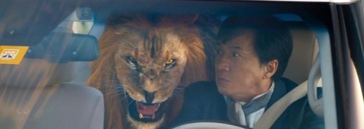 kung fu yoga jackie s apercoit qu un lion est dans sa voiture