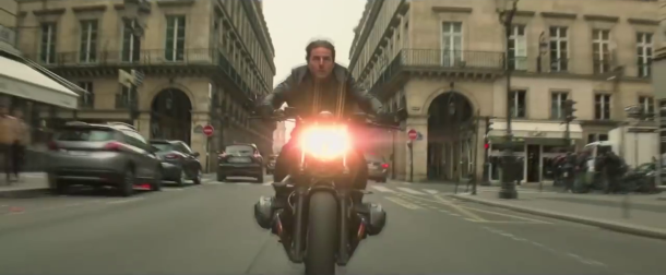 mission impossible fallout course poursuite à moto sur l avenue de l opera à paris