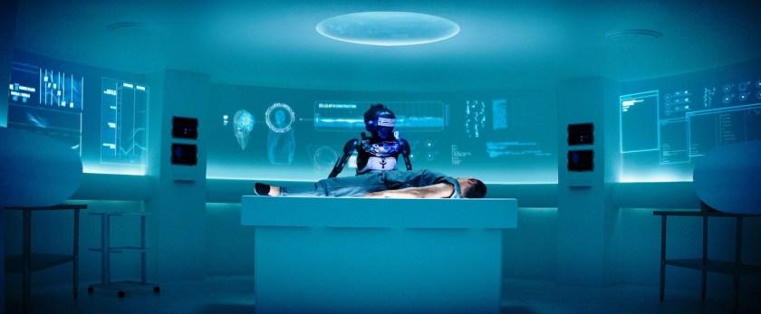 evasion 2 cho soigné par un robot dans la prison hades