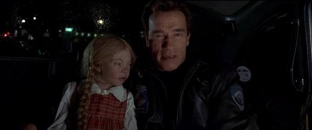 a l'aube du sixième jour adam gibson et une poupée simpal cindy