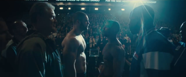 creed 2 adonis face à viktor drago et son pere sur le ring avant leur affrontement