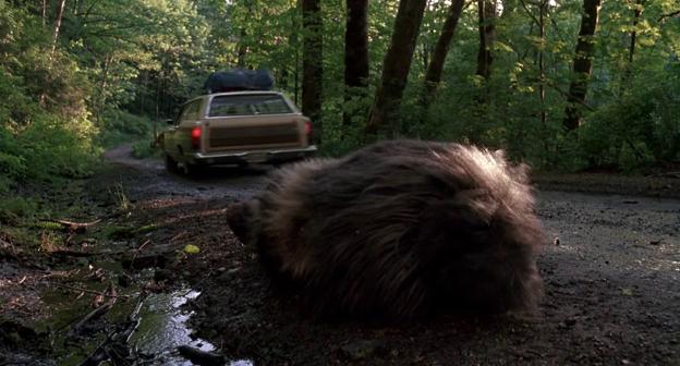 Bigfoot et les henderson le bigfoot renversé par un pickup