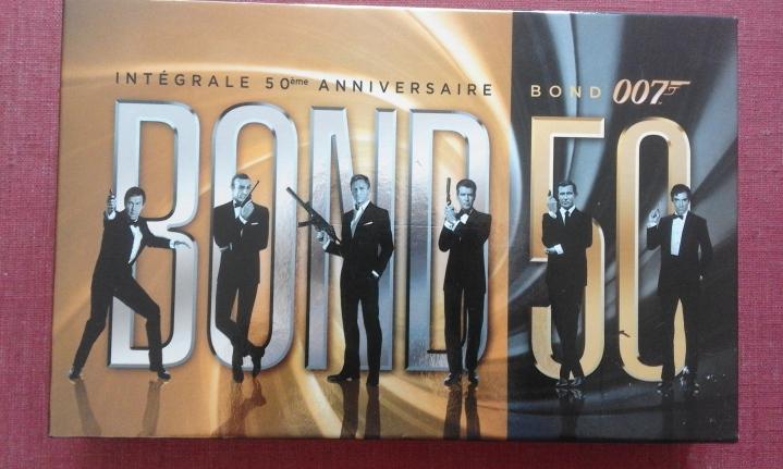 Intégrale Bluray 50ème anniversaire de James Bond avant du coffret