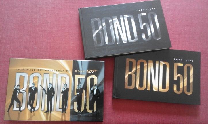 Intégrale Bluray 50ème anniversaire de James Bond coffret plus son contenu