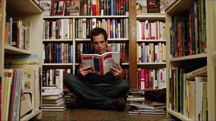 La nuit au musée 2006 Larry dans une bibliothèque se documentant sur attila