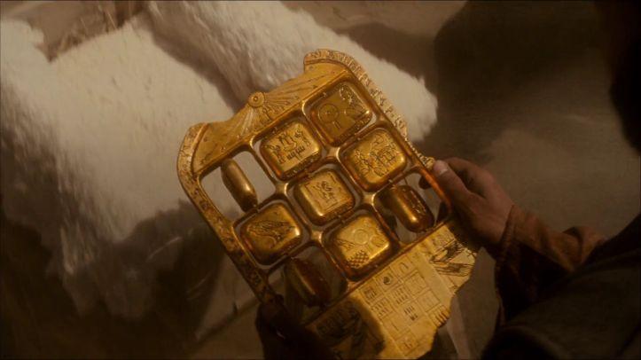 La nuit au musée le secret des pharaons en 1938 des archeologues découvrent la tablette d'akhmenrah