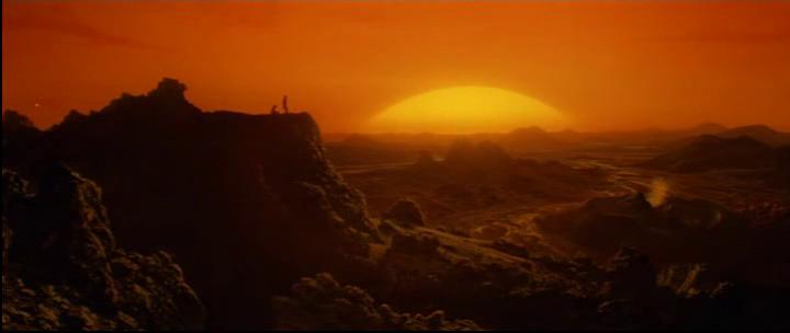 Enemy 1985 le soleil se lève sur la planète inconnue où ont attéri Davidge et Jerry