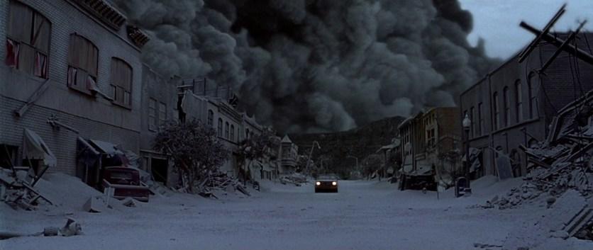 Le Pic de Dante 1997 harry rachel ses enfants échappent en voiture à une nuée ardente