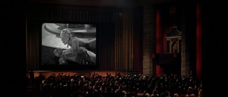 Chantons sous la pluie 1952 première projection d'un film parlant au cinéma