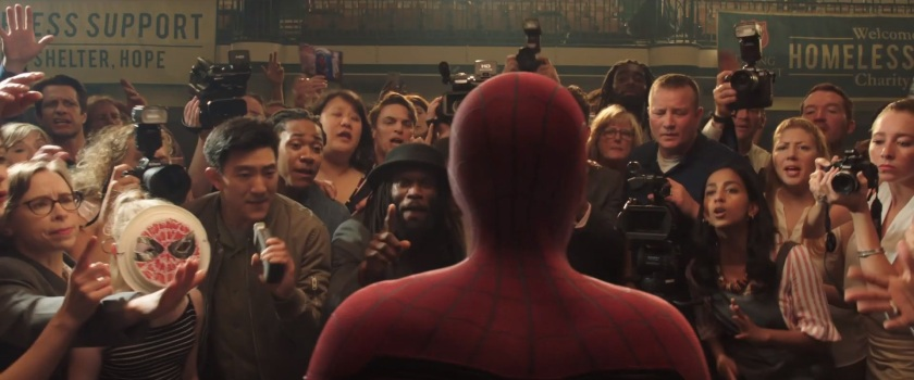 Spiderman Far From Home Spiderman face aux journalistes