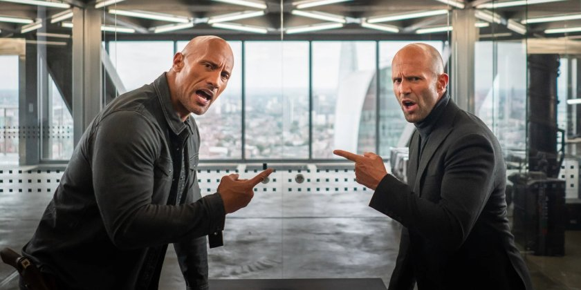 Fast and Furious Hobbs et Shaw apprenant qu'ils vont travailler ensemble