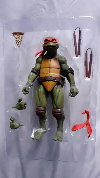 TEENAGE MUTANT NINJA TURTLE NECA ACTION FIGURE MICHELANGELO Neca la figurine et ses accessoires