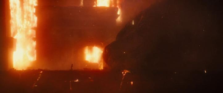 Godzilla 2 Roi des monstres le Dr Ishiro Serizawa face à godzilla couché et mal en point