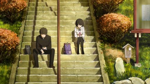 Jun-la-voix-du-coeur-une-lyceenne-assise-dans-des-escaliers-communique-avec-un-camarade-assis-pres-d-elle