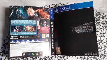 Final-Fantasy-VII-Remake-Edition-Deluxe-PS4-boitier-standard-jaquette-alternative