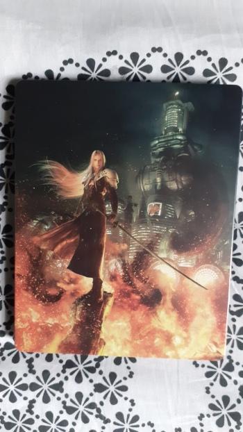 Final-Fantasy-VII-Remake-Edition-Deluxe-PS4-sepiroth-steelbook
