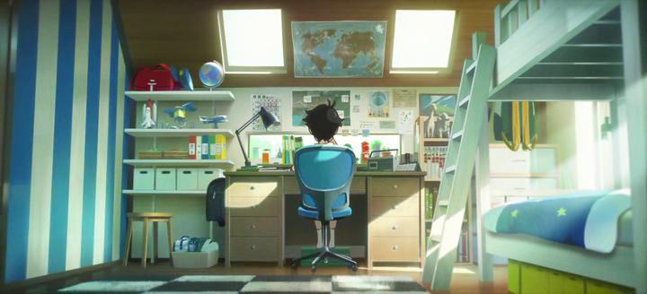 le-mystère-des-pingouins-2019-un-jeune-garçon-travaille-à-son-bureau-dans-sa-chambre