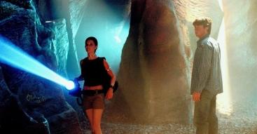 Smallville-saison-2-episode-10-grotte-kawatche